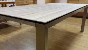 Stalas su NP kojų rėmu (4)
