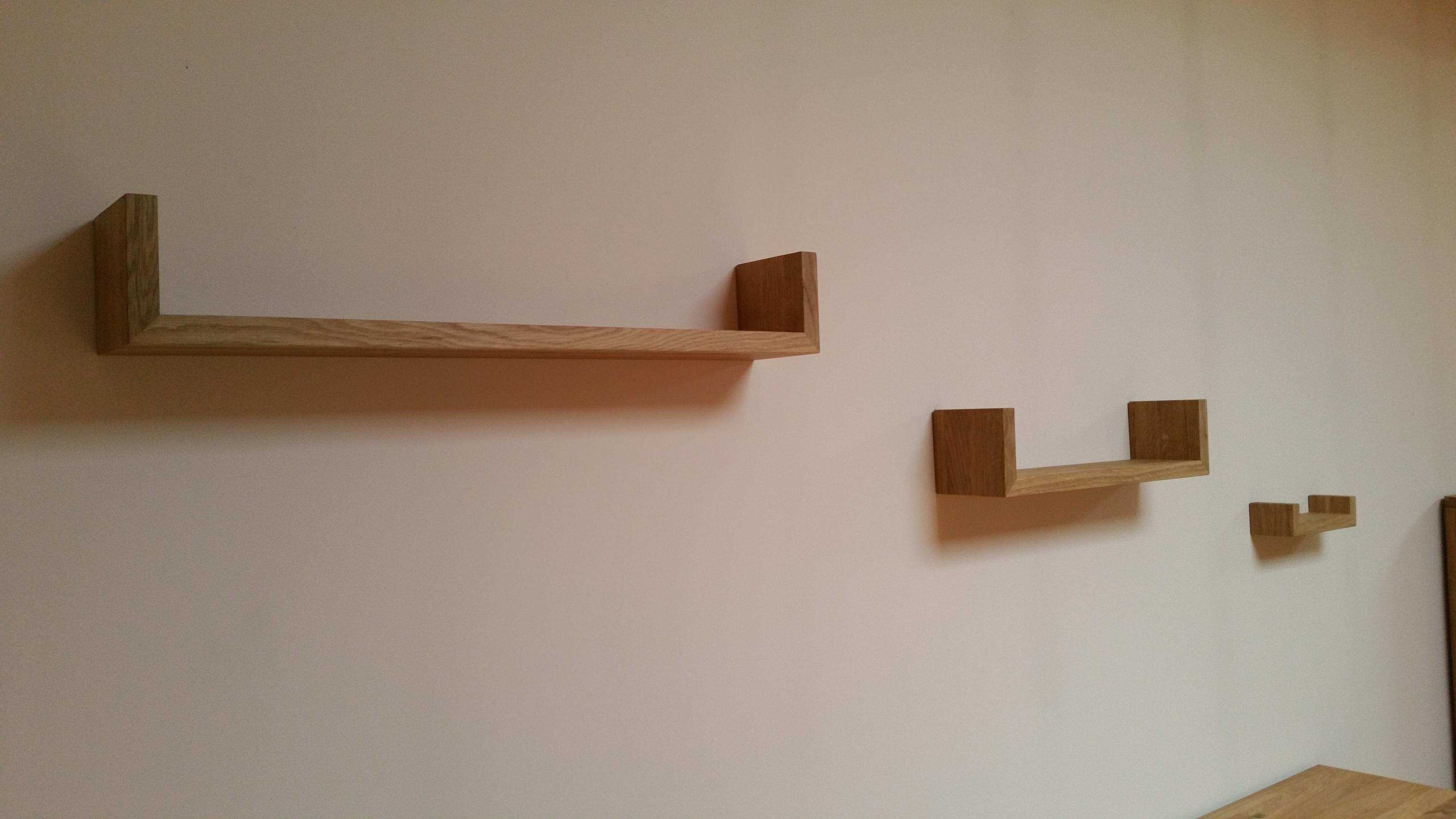 Oak furniture for Gimnasio 60 y 15